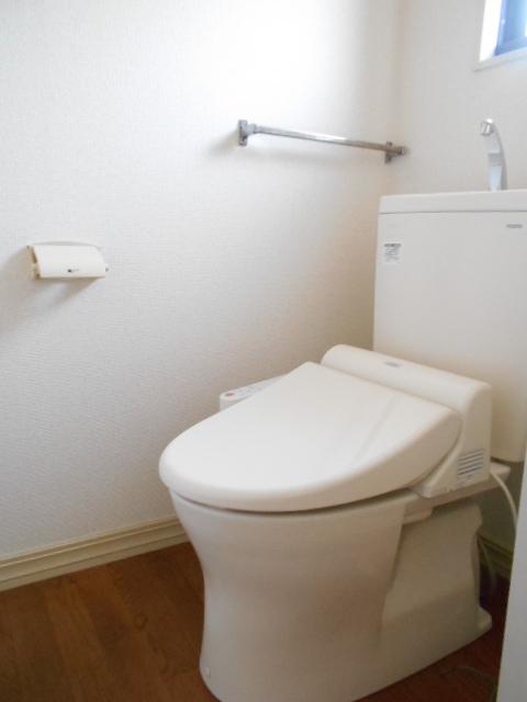 グリーンヒルB 203号室のトイレ