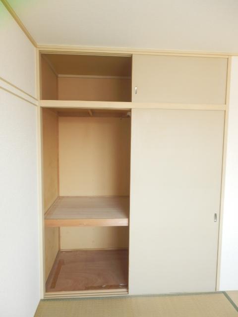 今宿モールサイドⅡ 222号室の収納