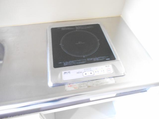 ジュネス桜ヶ丘 505号室のキッチン