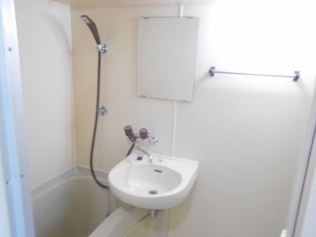 ジュネス桜ヶ丘 505号室の洗面所