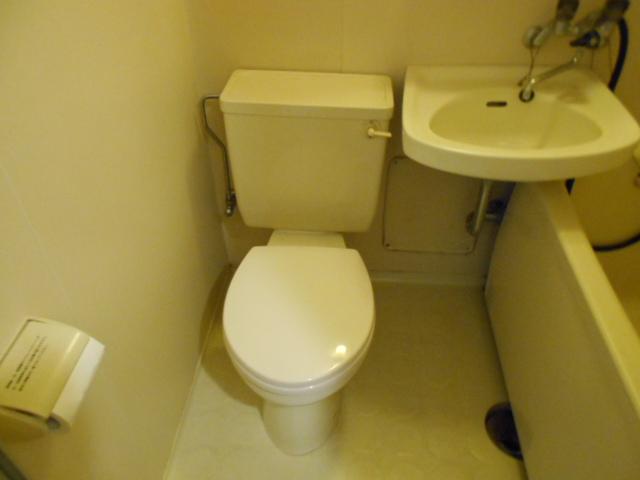 京王電器ビル 302号室のトイレ