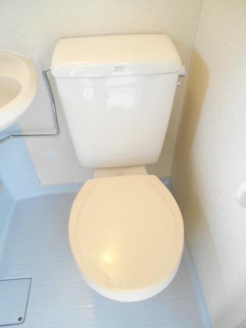 フェニックス聖蹟 205号室のトイレ
