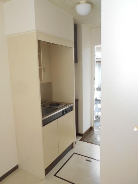 フェニックス聖蹟 205号室のキッチン