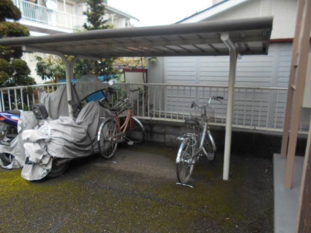 カサブランコ聖蹟Ⅰ 107号室の駐車場
