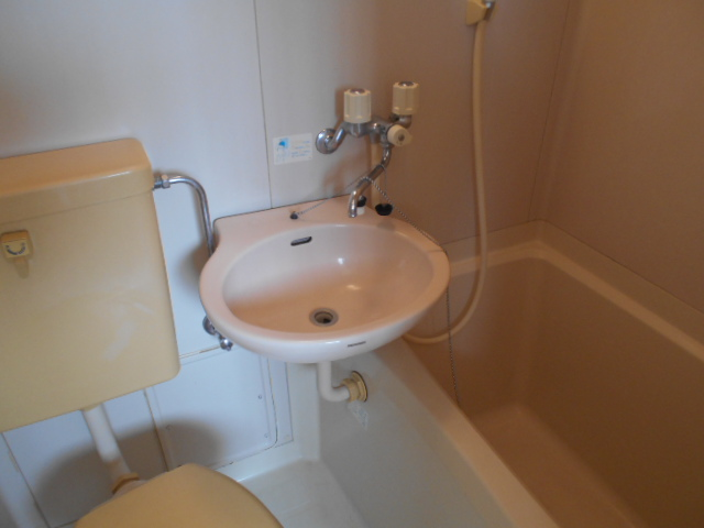 カサブランコ聖蹟Ⅰ 107号室の洗面所