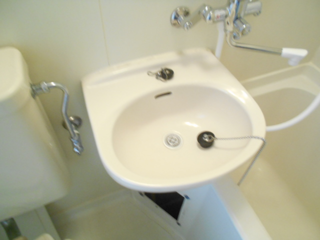 ラトゥールアンフィニ 902号室の洗面所