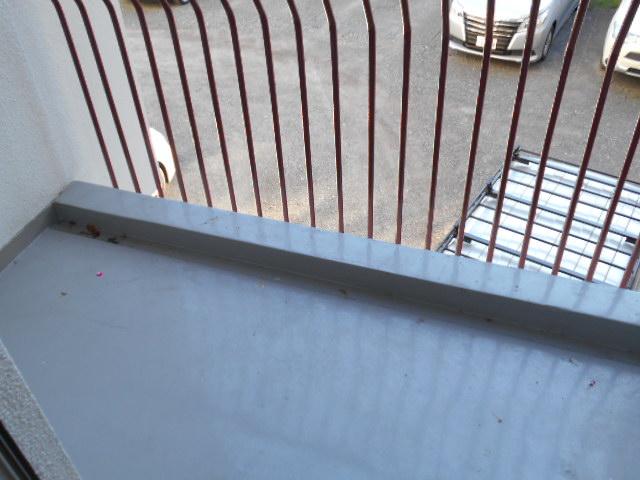 ヴェルドミール聖蹟桜ヶ丘 304号室のバルコニー