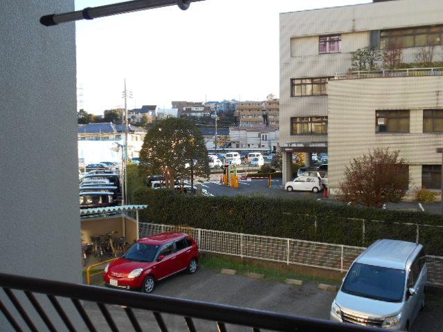 ヴェルドミール聖蹟桜ヶ丘 304号室の景色