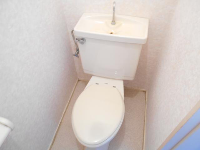 内村邸テラスハウスのトイレ