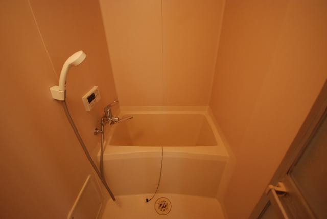 ビーハイブ 302号室の風呂