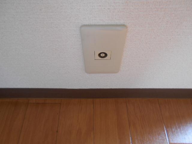 ハイツ677 201号室のリビング