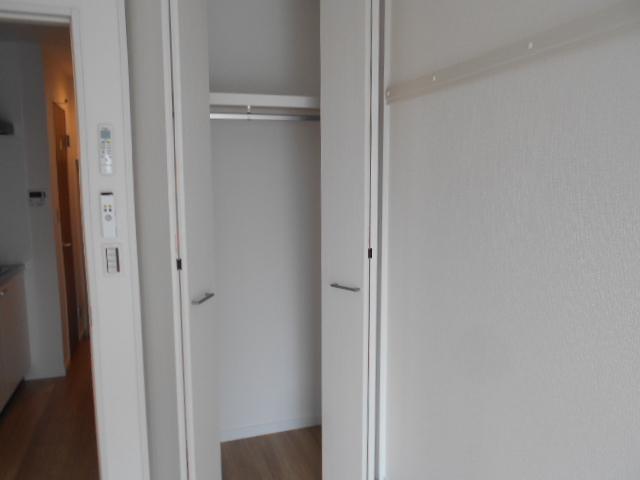 ヴィレッジハイツ 205号室の収納