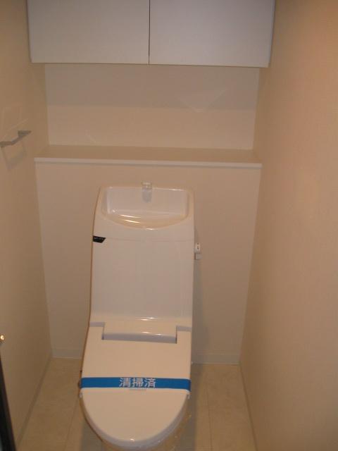 グラヴィス鶴舞 701号室のトイレ