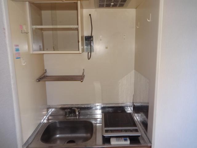 ノーブル千種 405号室のキッチン