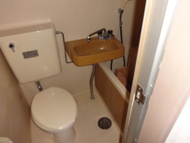 ノーブル千種 405号室のトイレ
