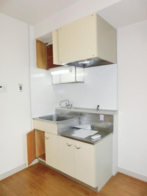 小塩マンション 3C号室のキッチン