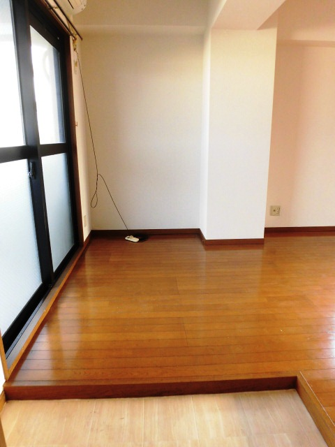 リムロックハウス覚王山 3A号室の玄関