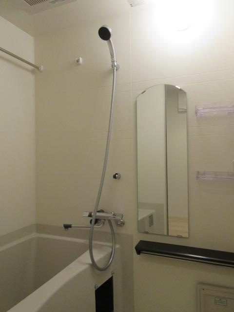 プレサンス池下トレス 1202号室の風呂