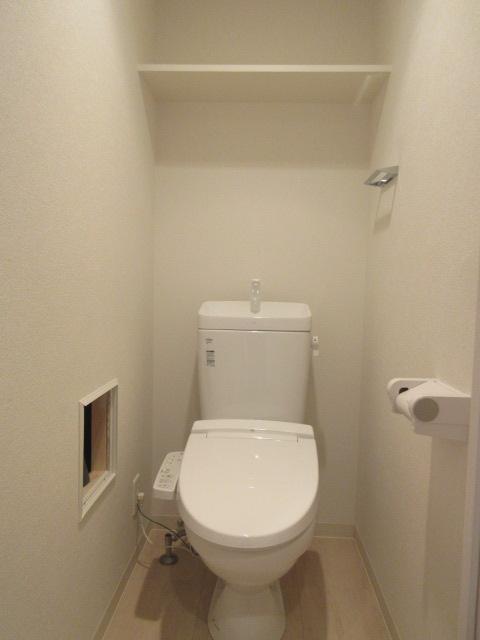 プレサンス池下トレス 1202号室のトイレ
