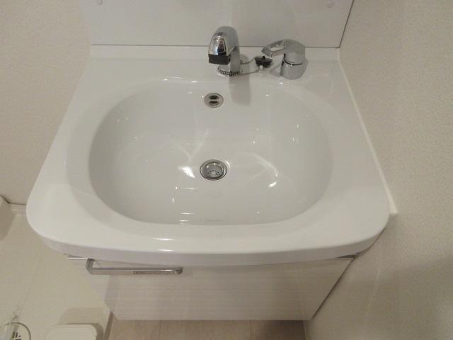 プレサンス池下トレス 1202号室の洗面所