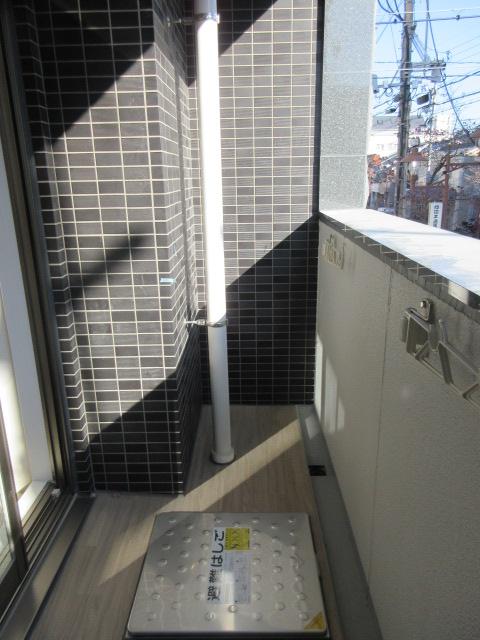 プレサンス池下トレス 1202号室のバルコニー