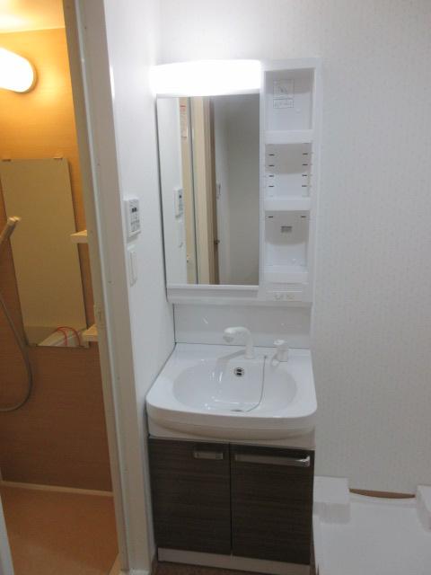 タウンライフ今池東 1002号室の洗面所