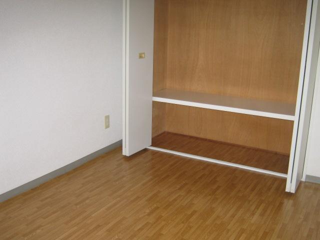 ジョイフル練馬 310号室のリビング