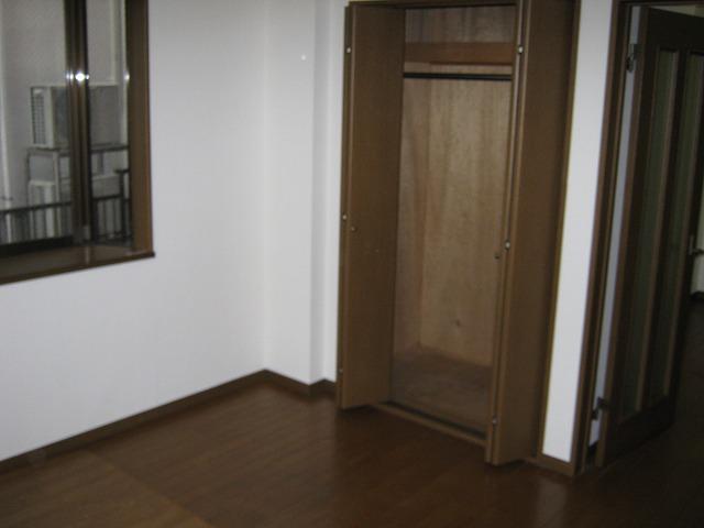 アムールサクライ 303号室の収納
