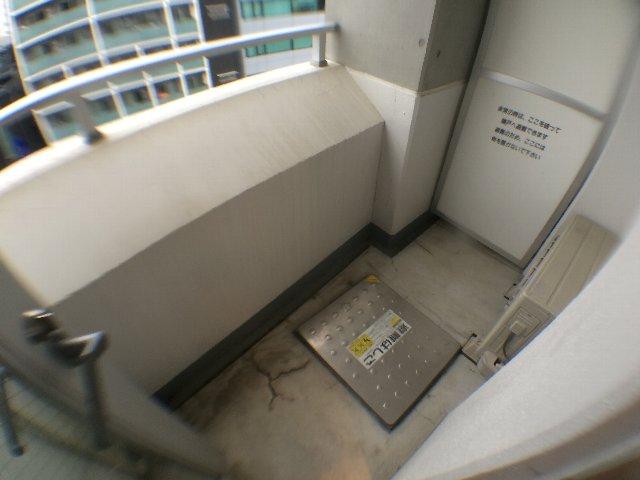 レニール本駒込 805号室のバルコニー