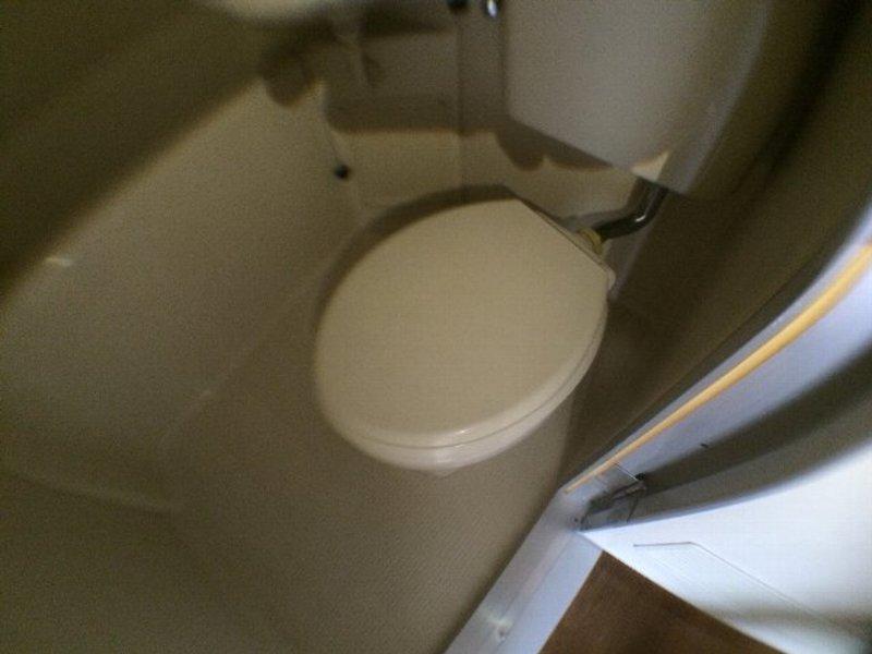 サトナカビル 205号室のトイレ