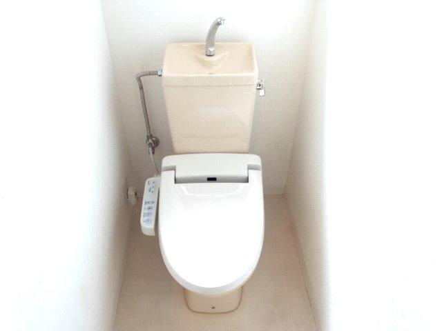フランボワーズ駒込 203号室のトイレ
