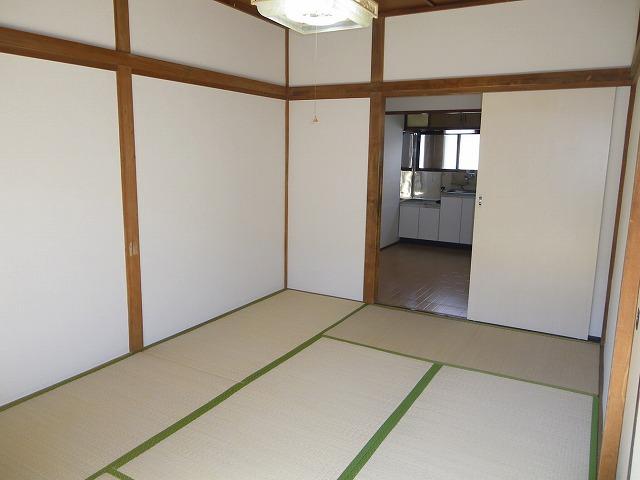 渡辺荘 28号室のリビング