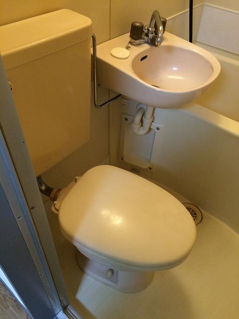 キャヴァンイワタ 205号室のトイレ