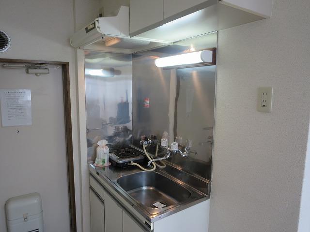 カサディワコウ 107号室のキッチン