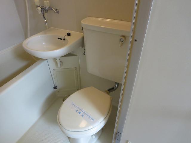 カサディワコウ 107号室のトイレ