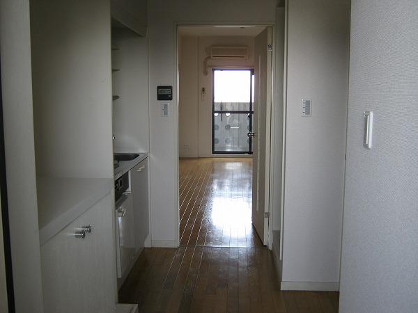 フォルマ・アルディート 403号室の玄関