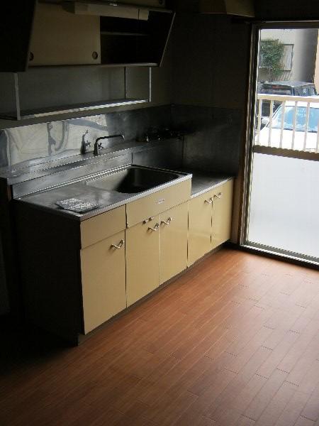 桜木ハイツ 401号室のキッチン