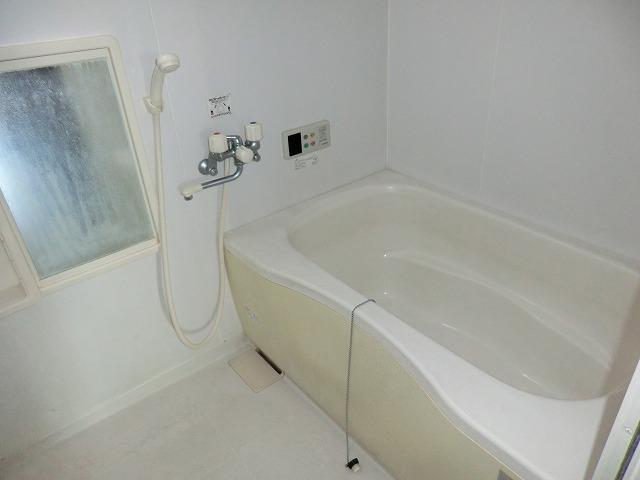モナーク ヴィレ B棟 102号室の風呂