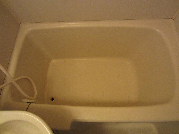 プラトー井田 201号室の風呂