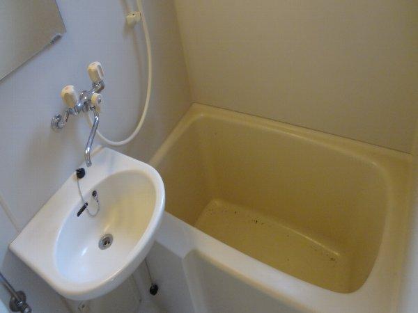 松本ハイム 301号室の風呂