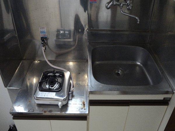 松本ハイム 301号室のキッチン