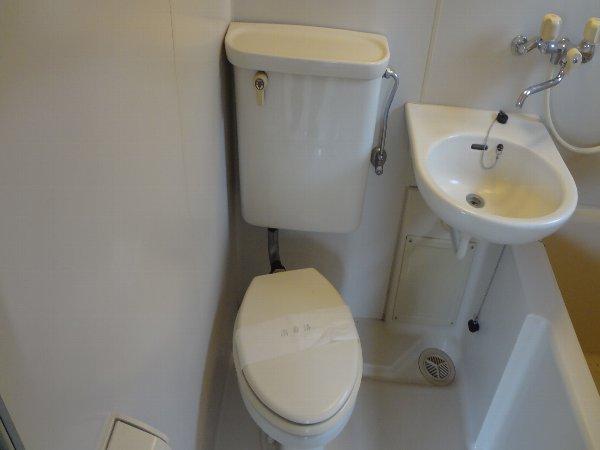 松本ハイム 301号室のトイレ