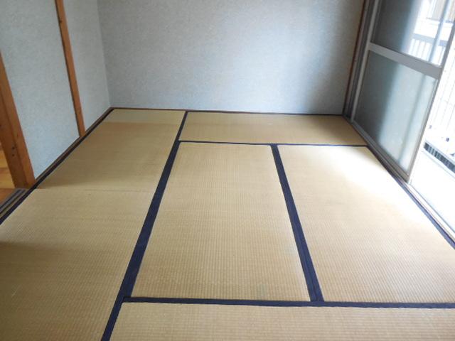 三孝荘 201号室のベッドルーム