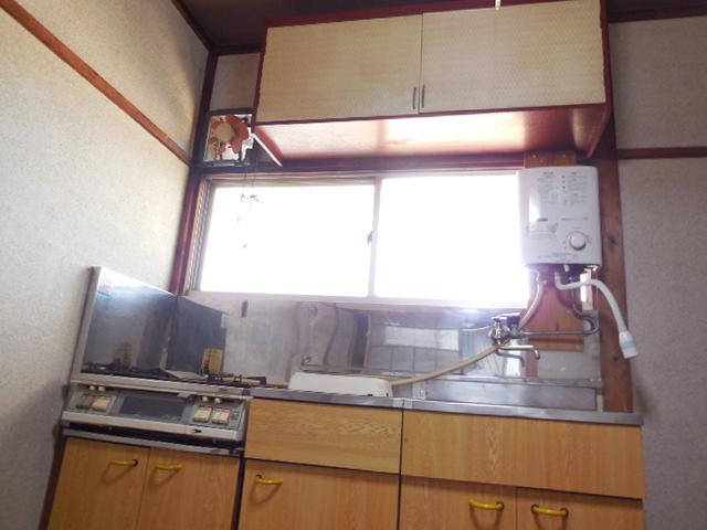 三孝荘 201号室のキッチン