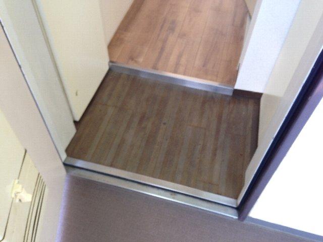 スカイコート元住吉第2 202号室の玄関