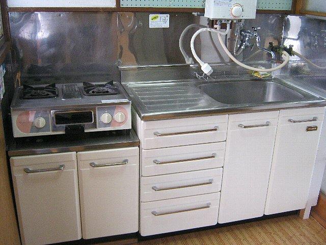 アベアパート 202号室のキッチン
