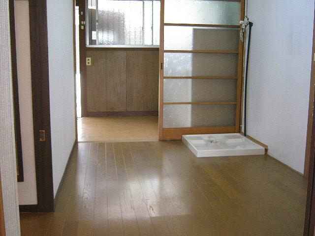 アベアパート 202号室のリビング