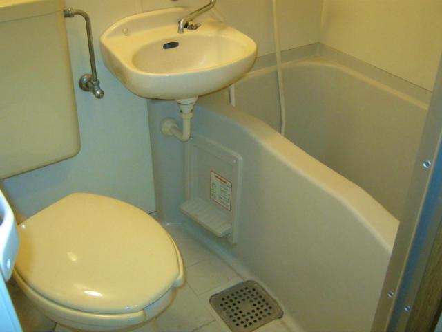 フラワーコーポⅡ 202号室の風呂