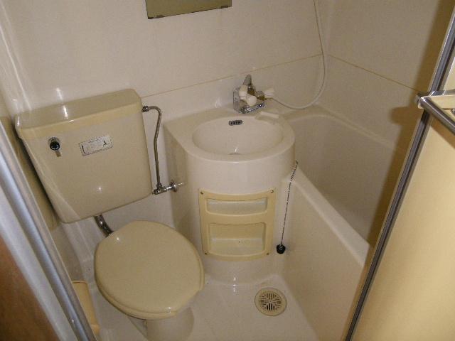 石塚マンション 308号室の風呂
