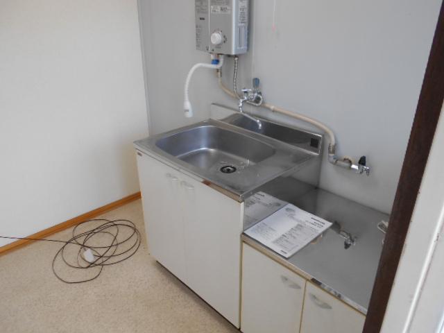 大竹コーポA棟 201号室のキッチン